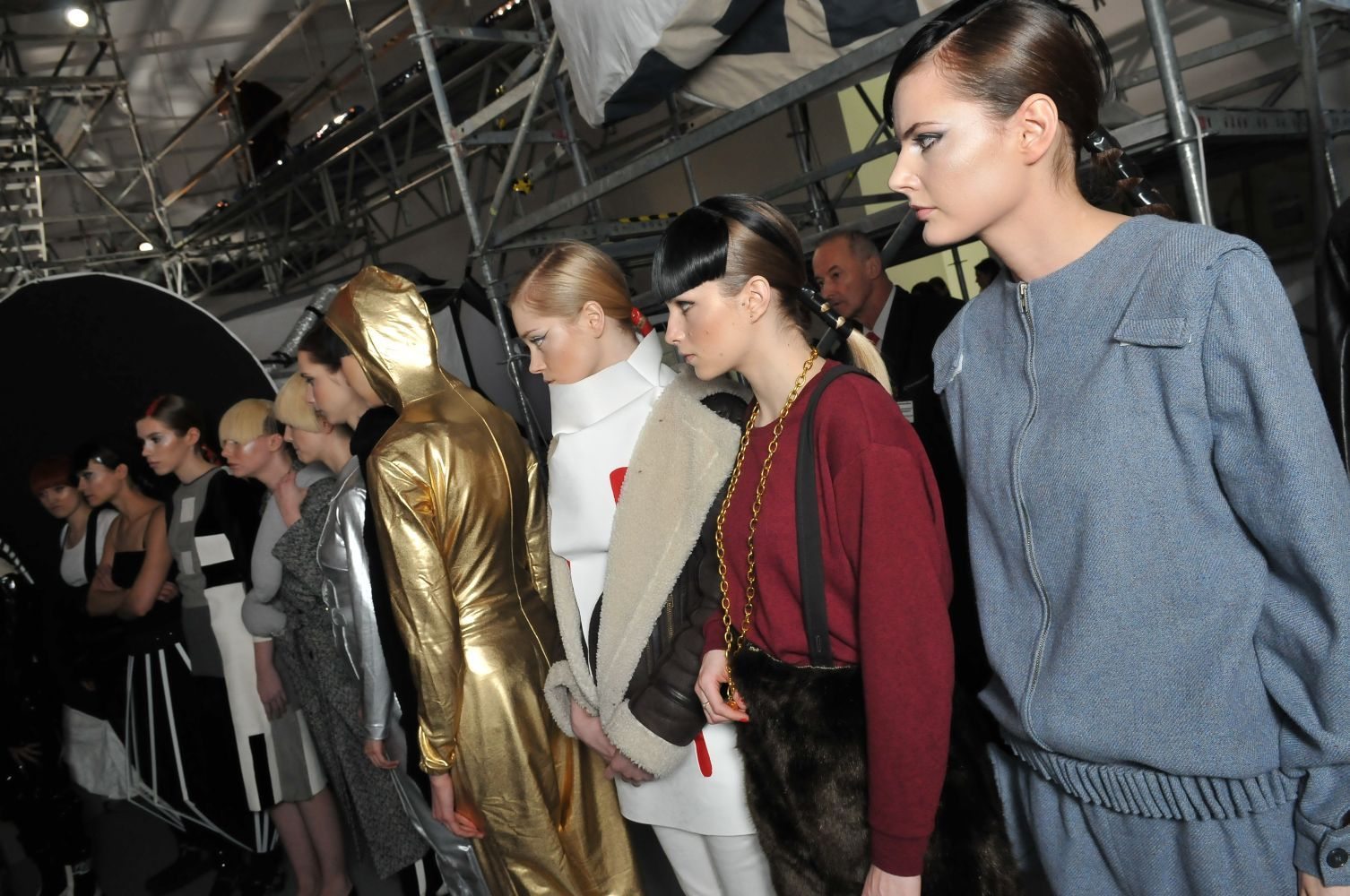 Larger Than Life Space Suit Houses Fashion Show: 003570.jpg