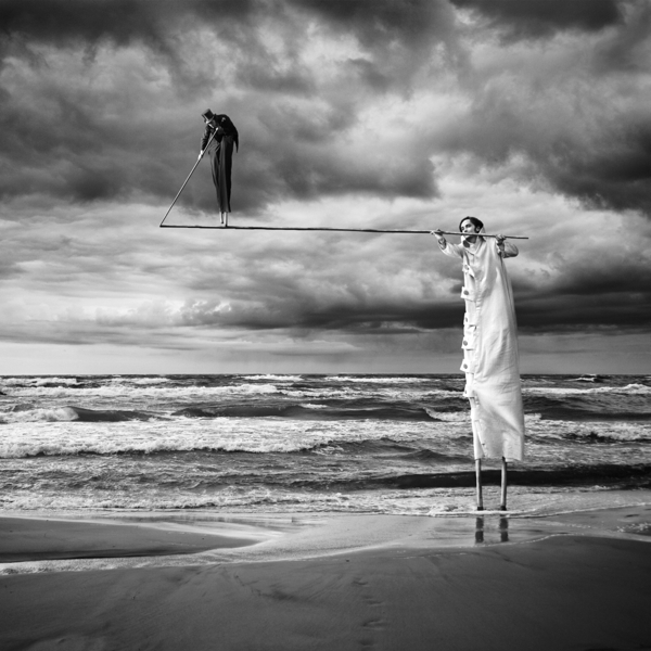 Surreal Photo-manipulations by Dariusz Klimczak: b7b23bd5360a17138e29bd1d88f5b7db.jpg