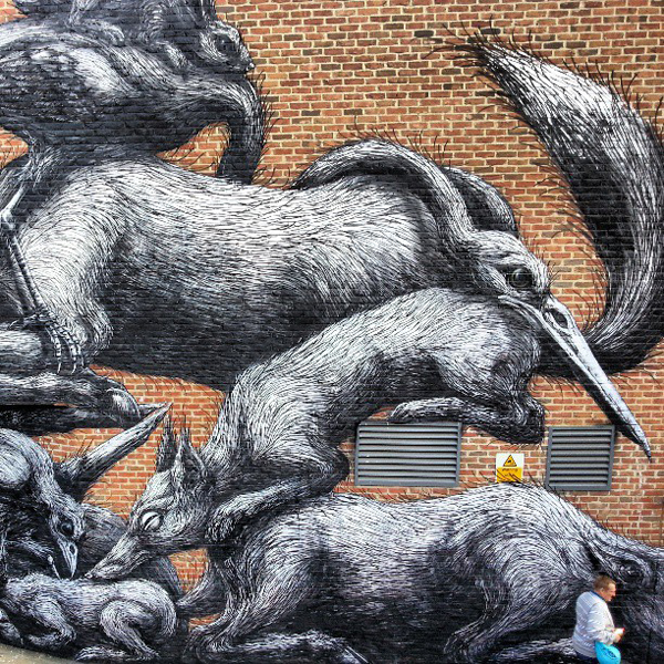 New Roa mural in London, UK: jux_roa4.jpg