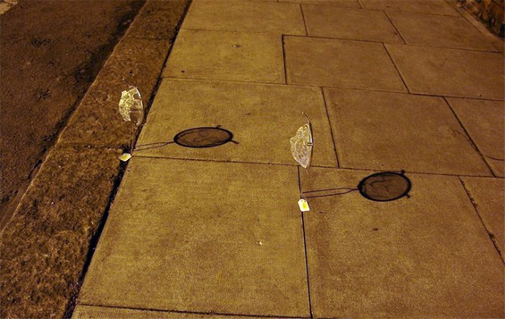 Strainer Shadow Art by Isaac Cordal: Isaac-Cordal-sculpture2.jpg