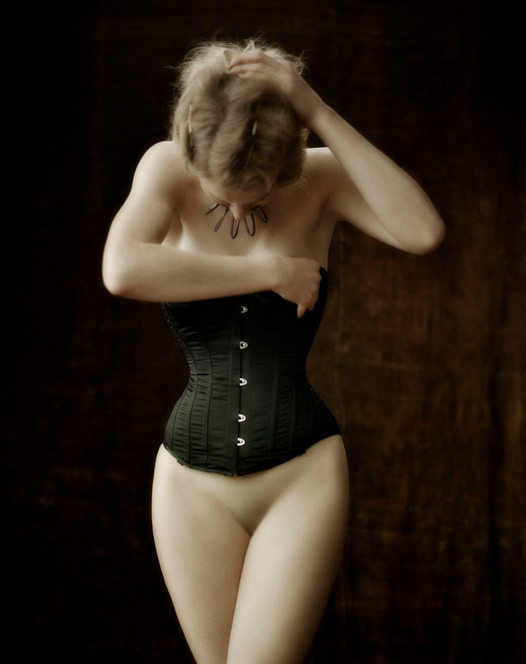 Femme by Signe Vilstrup: Screen Shot 2013-05-13 at 2.52.50 PM.png