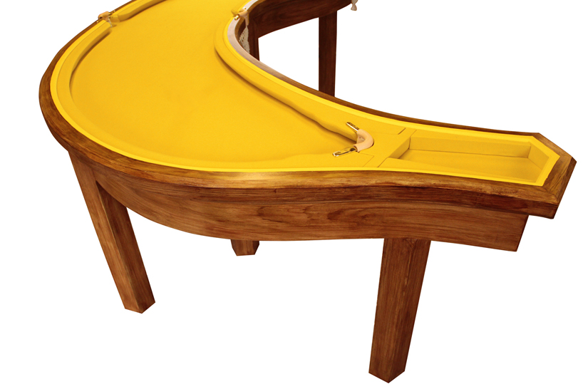 The banana pool table by Cleon Daniel: img_3_1368449393_0ba515079b9834b9bc79f2b7a361903f.jpg