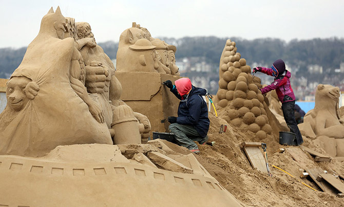 Sand Sculpture Festival in North Somerset, England: sand-sculpture-festival-england-11.jpg