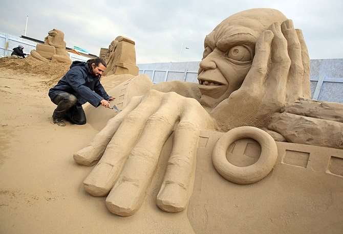 Sand Sculpture Festival in North Somerset, England: sand-sculpture-festival-england-15.jpg