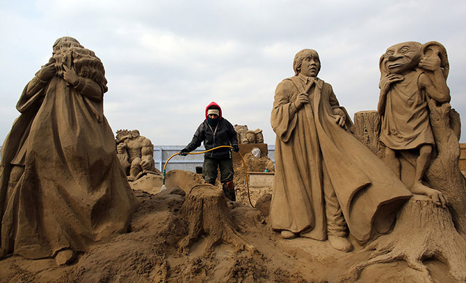 Sand Sculpture Festival in North Somerset, England: sand-sculpture-festival-england-4.jpg