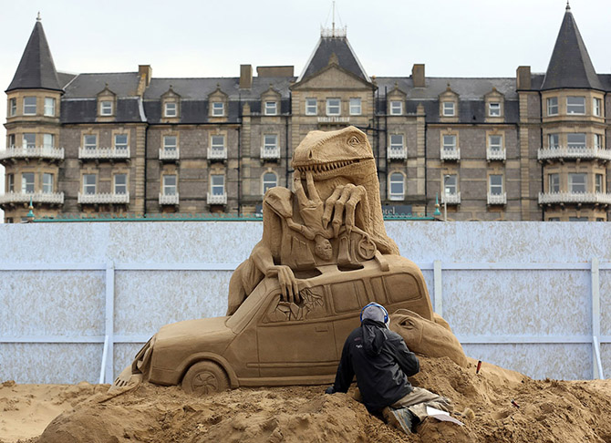 Sand Sculpture Festival in North Somerset, England: sand-sculpture-festival-england-5.jpg
