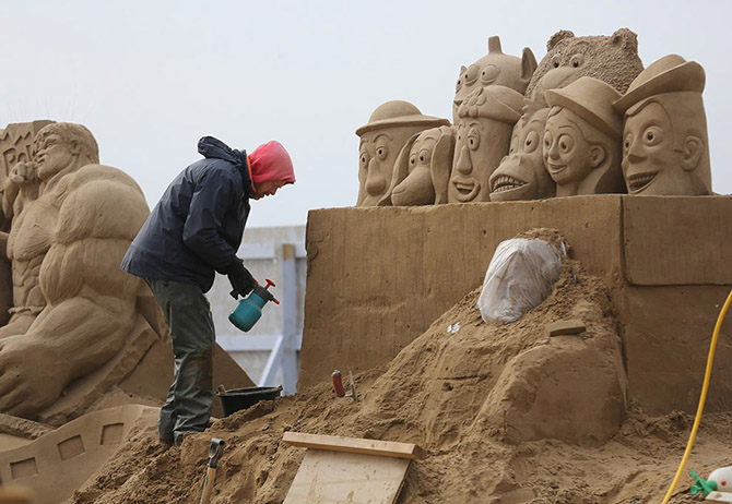 Sand Sculpture Festival in North Somerset, England: sand-sculpture-festival-england-8.jpg
