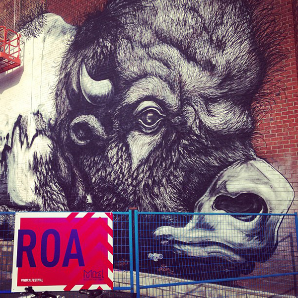 Roa in Progress at Montreal's Mural Festival: jux_roa2.jpg