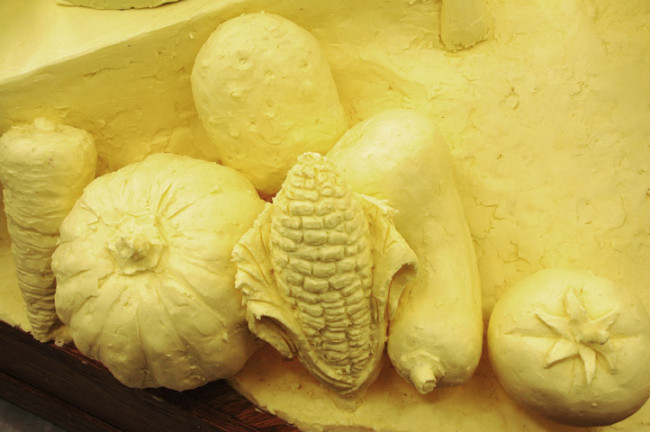 Butter and Other Food Sculptures by Jim Victor and Marie Pelton: 1328vegcloseup72w1-650x432.jpg