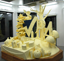 Butter and Other Food Sculptures by Jim Victor and Marie Pelton: 1348fromrt72w_t.jpg