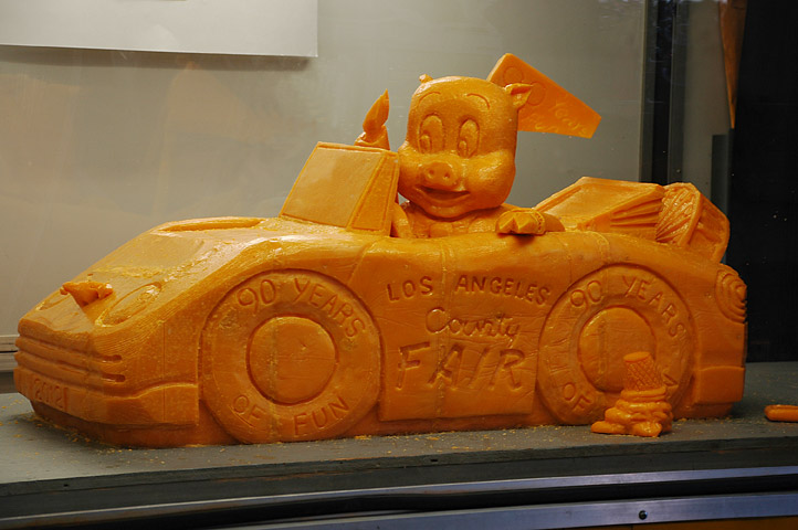 Butter and Other Food Sculptures by Jim Victor and Marie Pelton: cheezycar.jpg