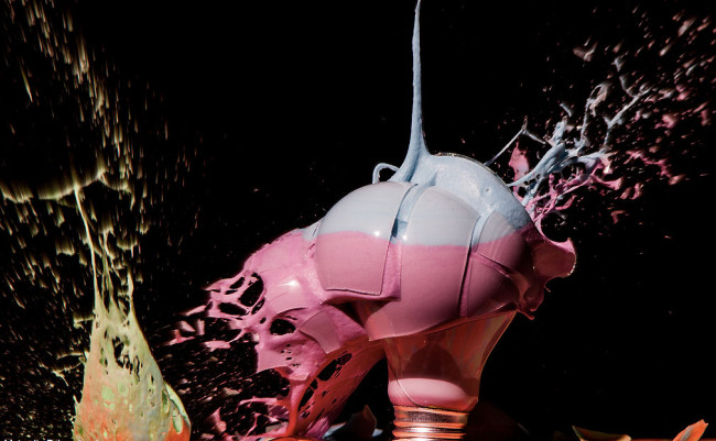 Photographs of Paint and Objects Exploding out of Light Bulbs : Jon-Smith-1-650x401.jpg