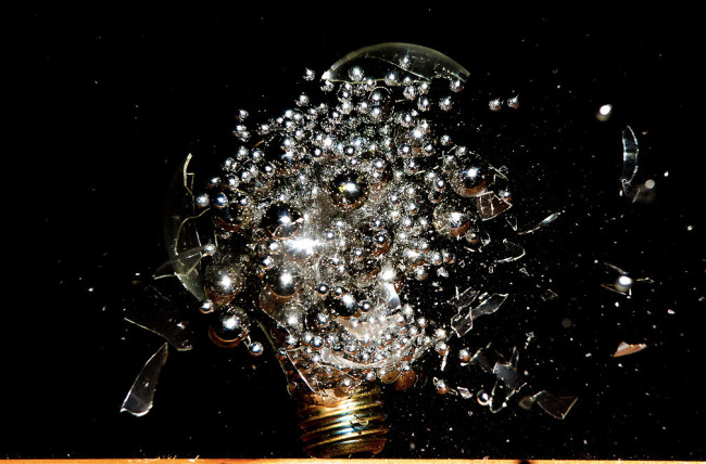 Photographs of Paint and Objects Exploding out of Light Bulbs : Jon-Smith-2-650x428.jpg