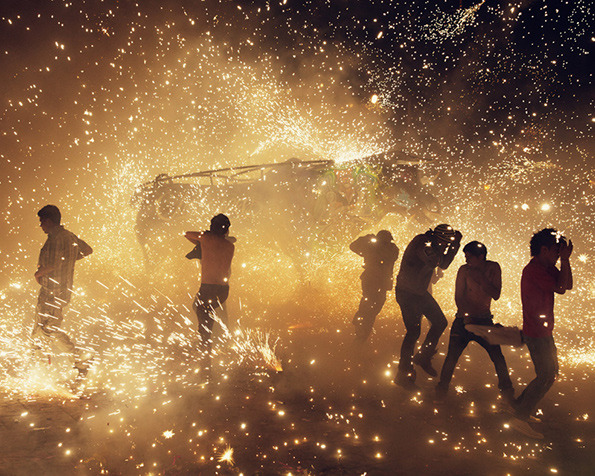 The National Pyrotechnic Festival Photographed by Thomas Prior: 9.jpg