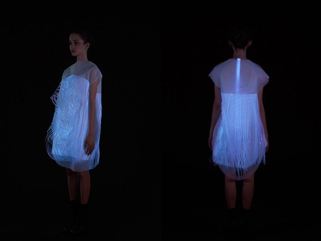 Ying Gao's Photoluminescent Eye Tracking Dresses: 5-nowhere-nowhere-2-gaze-activated-dresses-by-ying-gao.jpg