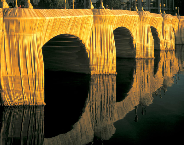 The Environmental art of Christo and Jeanne claude: jux_christo_jeanne_claude3.jpg
