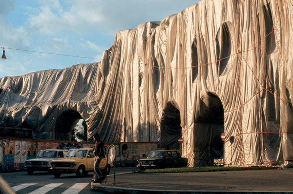 The Environmental art of Christo and Jeanne claude: jux_christo_jeanne_claude5.jpg
