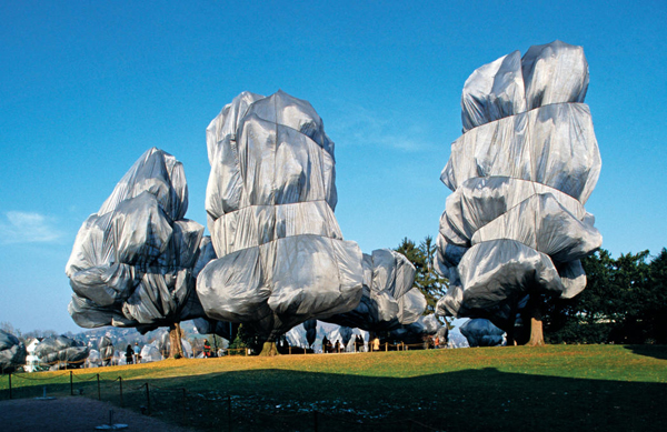 The Environmental art of Christo and Jeanne claude: jux_christo_jeanne_claude6.jpg
