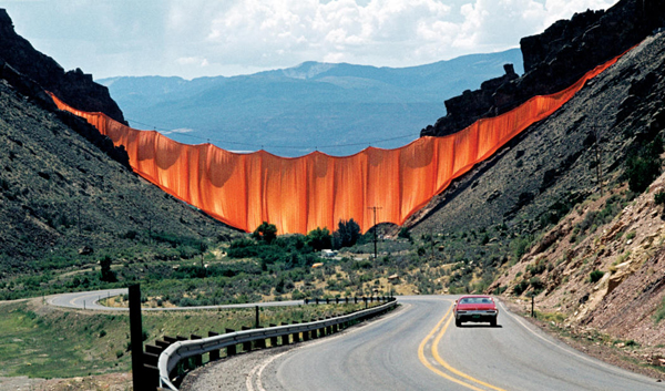 The Environmental art of Christo and Jeanne claude: jux_christo_jeanne_claude8.jpg
