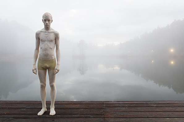 Wooden Sculptures by Bruno Walpoth: Screen shot 2013-07-14 at 10.13.16 PM.png