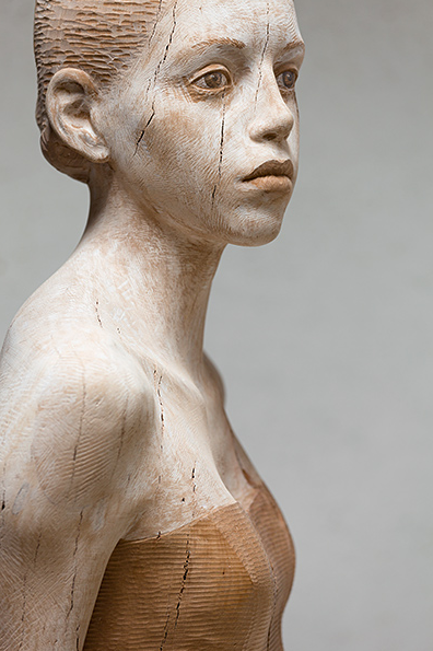 Wooden Sculptures by Bruno Walpoth: Screen shot 2013-07-14 at 10.13.24 PM.png