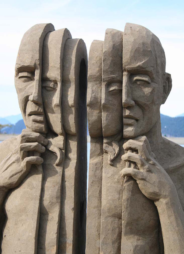 Sand Sculptures by Carl Jara (Video): sand-4.jpg