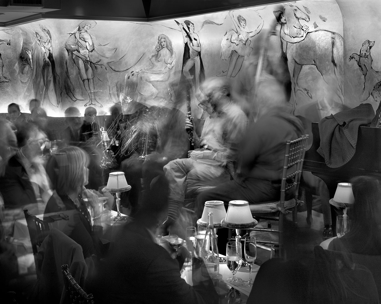 Ghostly Photographs by Matthew Pillsbury: Woody_allen_carlyle.jpg