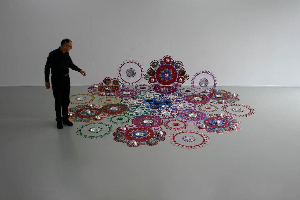 Floor Installations by Suzan Drumming: tumblr_mr8lypsG2M1r0i205o2_1280.jpg