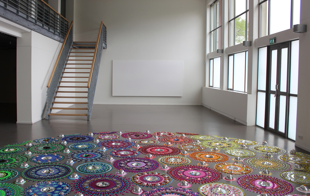 Floor Installations by Suzan Drumming: tumblr_mr8lypsG2M1r0i205o7_1280.jpg