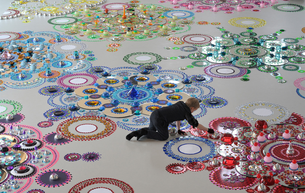 Floor Installations by Suzan Drumming: tumblr_mr8lypsG2M1r0i205o8_1280.jpg
