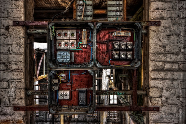 Abandoned, Decaying Power Plants: abandoned-power-plants-1.jpg