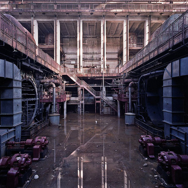 Abandoned, Decaying Power Plants: abandoned-power-plants-11.jpg