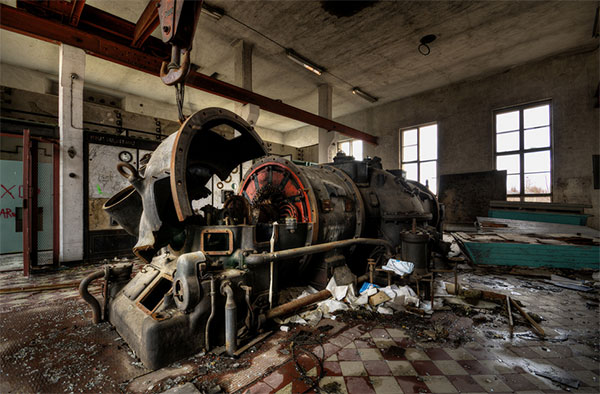Abandoned, Decaying Power Plants: abandoned-power-plants-18.jpg