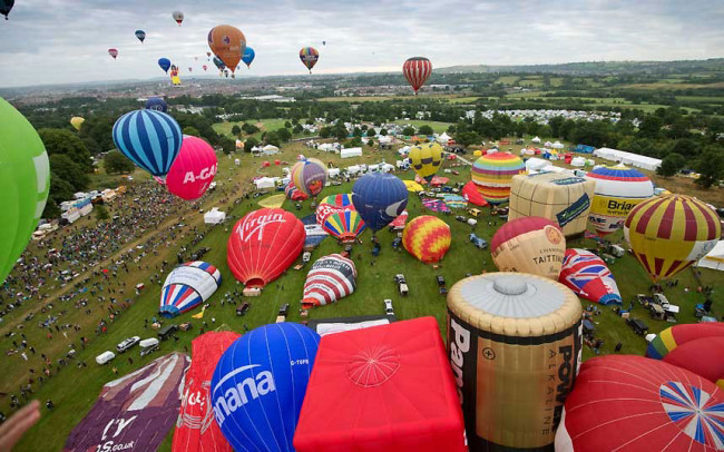 The Bristol International Balloon Fiesta: balloon3_2640612k-650x406.jpg