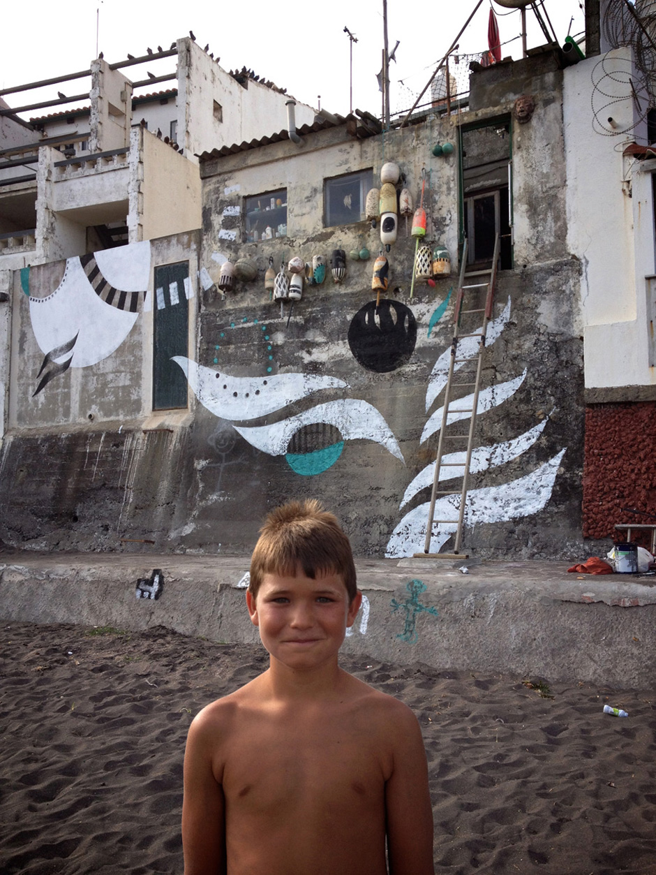 Lucy McLauchlan: New Murals in the Azores: lucy-mclauchlans-murals-travel-azores-for-summer-5041.jpg