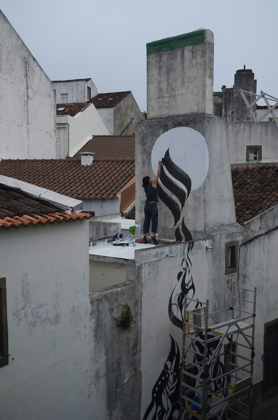 Lucy McLauchlan: New Murals in the Azores: lucy-mclauchlans-murals-travel-azores-for-summer-5043.jpg