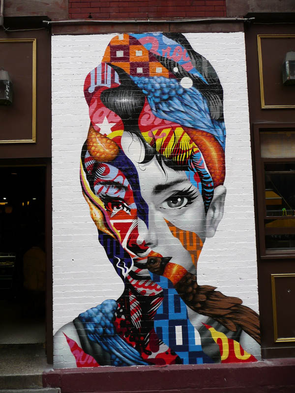 Tristan Eaton paints Audrey Hepburn for The LISA Project : jux_trsitan_eaton4.jpg