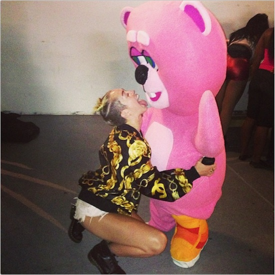 KAWS & REAS Have Big Things in store at MTV VMAs?: MileyCyrusBear.jpg