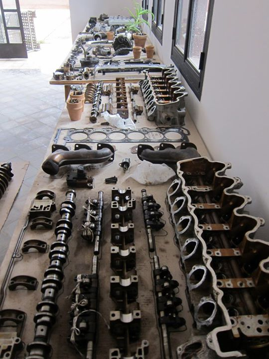 Mercedes Engine Reconstructed from 53 different hand-forged Materials: 402694_10151165740053972_142353121_n.jpg