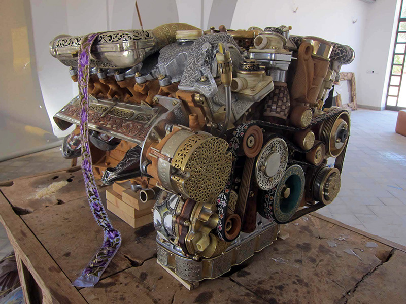 Mercedes Engine Reconstructed from 53 different hand-forged Materials: laraki-2.jpg