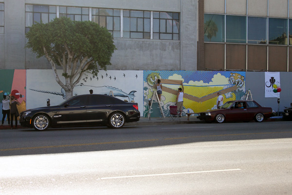 "In L.A.: Merry Karnowsky Gallery ""SUMMER SESSIONS: LIVE PAINTING"": tar_7190.jpg"