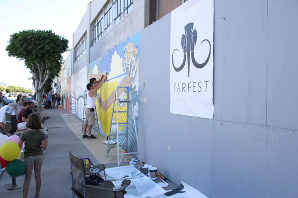 "In L.A.: Merry Karnowsky Gallery ""SUMMER SESSIONS: LIVE PAINTING"": tar_7204.jpg"