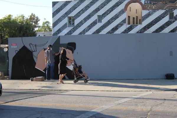 "In L.A.: Merry Karnowsky Gallery ""SUMMER SESSIONS: LIVE PAINTING"": tar_7376.jpg"