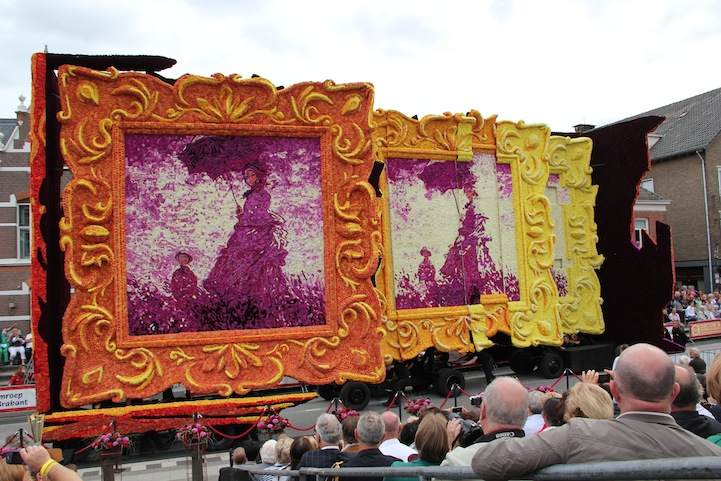 The 2013 Zundert Flower Parade: 2013STVW1901FotoNielsBraspenning.JPG