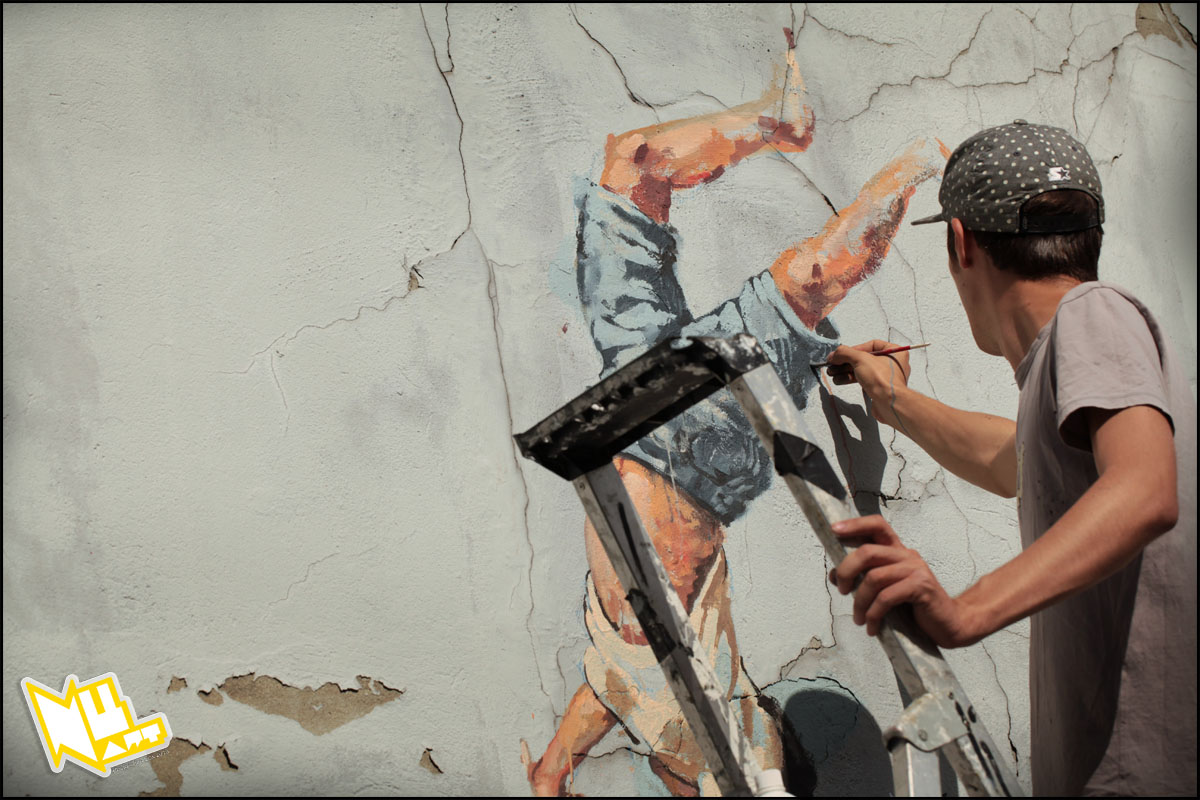 Nuart 2013: Preview, Part 1: IMG_6130_1200_Artist_Ernest_Zacharevic_Nuart_2013_Photo_©_Ian_Cox_2013_1.jpg
