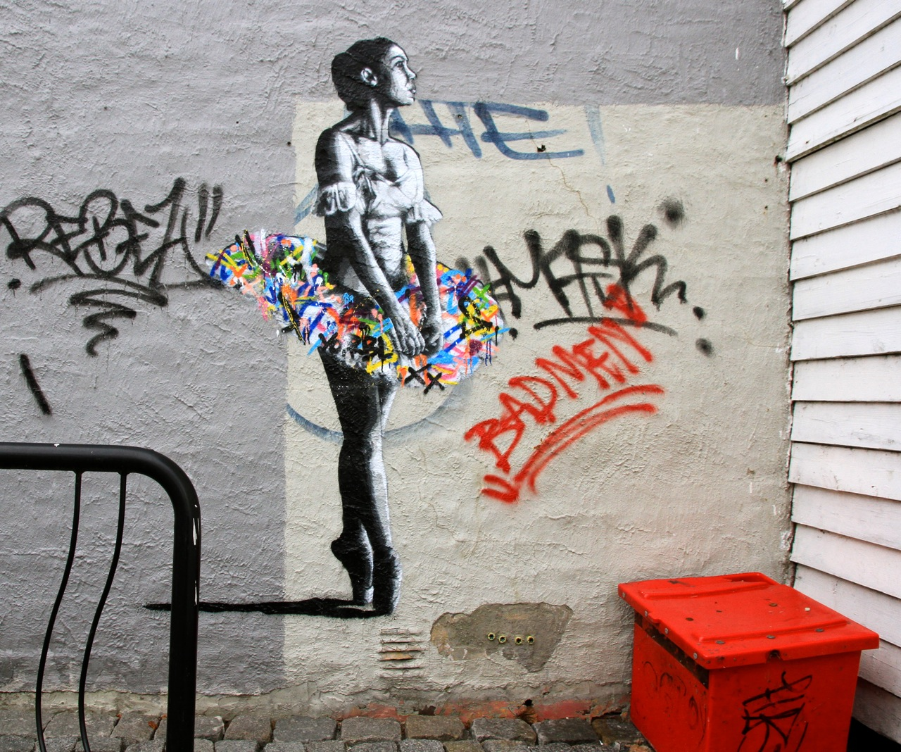 Nuart 2013: Street Pieces, Part 1: Martin Whatson IMG_1143.jpg