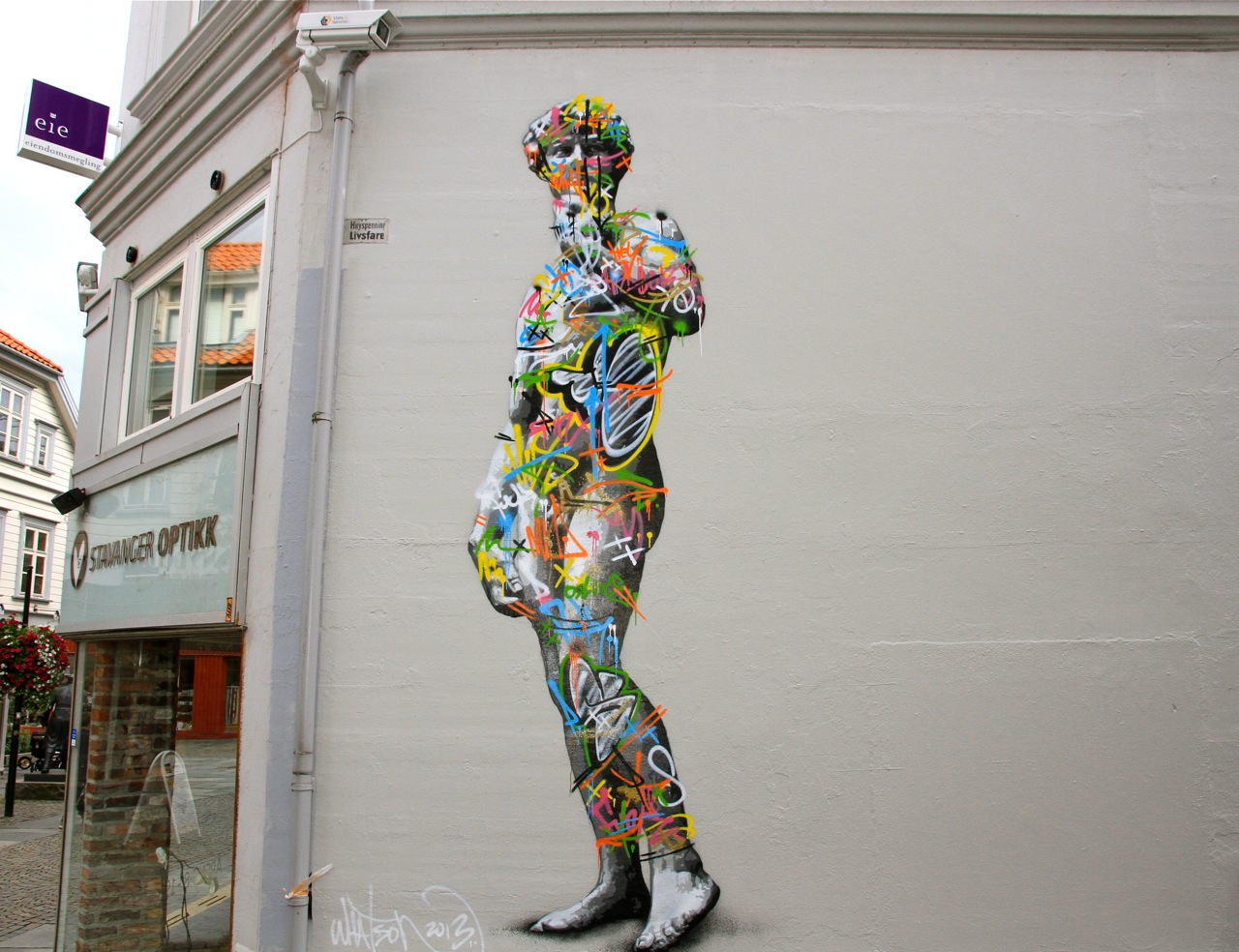 Nuart 2013: Street Pieces, Part 1: Martin Whatson IMG_1149.jpg