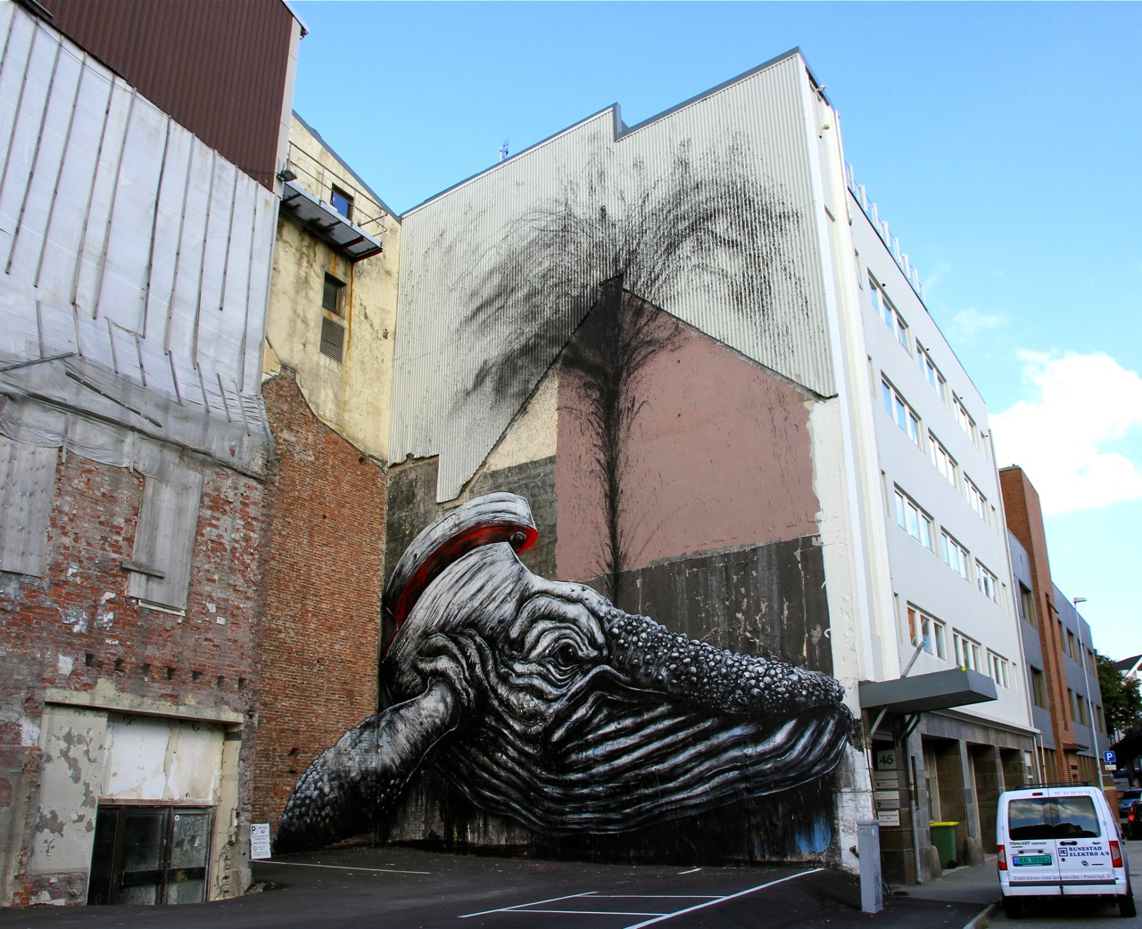 Nuart 2013: Street Pieces, Part 1: ROA IMG_0989.jpg