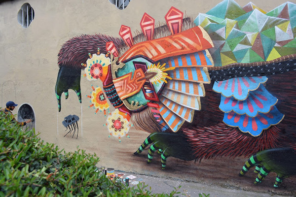 New Curiot mural in Mexico City: jux_curiot1.jpg