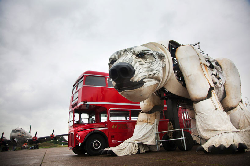 'Aurora,' Christopher Kelly's Massive Polar Bear Puppet: polar-bear-puppet-walks-to-protect-the-arctic-for-greenpeace-aurora-designboom-05.jpg